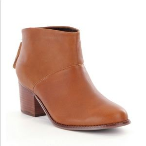 New leather TOMS Leila booties
